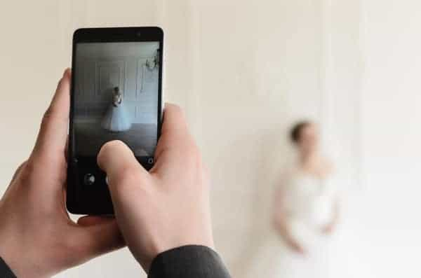 Bride Groom Smartphone Photo
