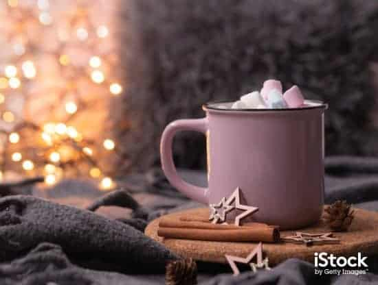 fairy lights background hot cocoa with marshmallows pink coffee cup picture id1286342240 > Exciting Photography Trends 2021